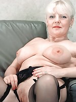 mature milfs with dildos