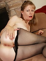 horny mature moms